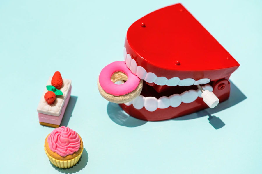 Tooth Decay Symptoms & Treatment
